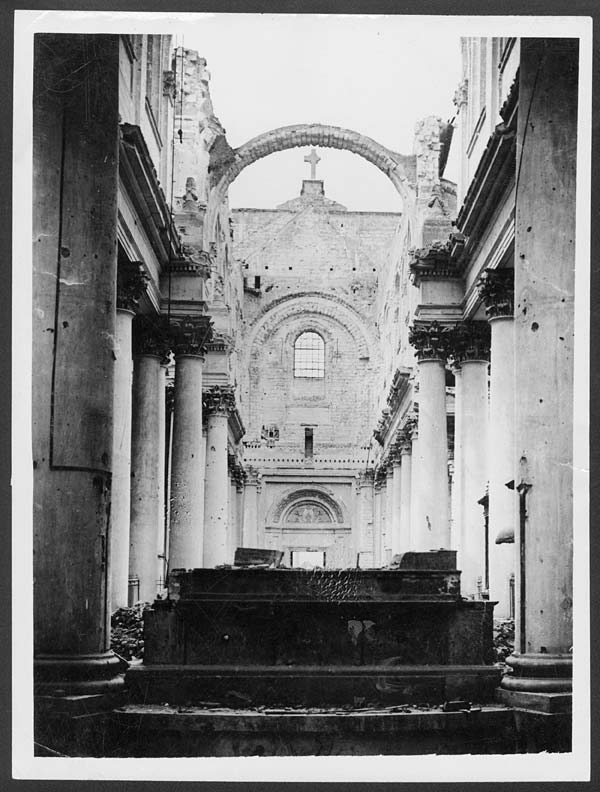 Good (46) D.1313   Interior Of Arras Cathedral
