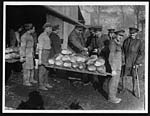 C.1169General Primo de Rivera inspecting some bread at one of the many great bakeries in France